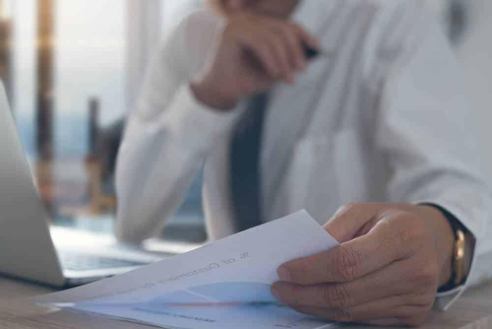 Comment convertir des factures en salaire en portage salarial ?-1