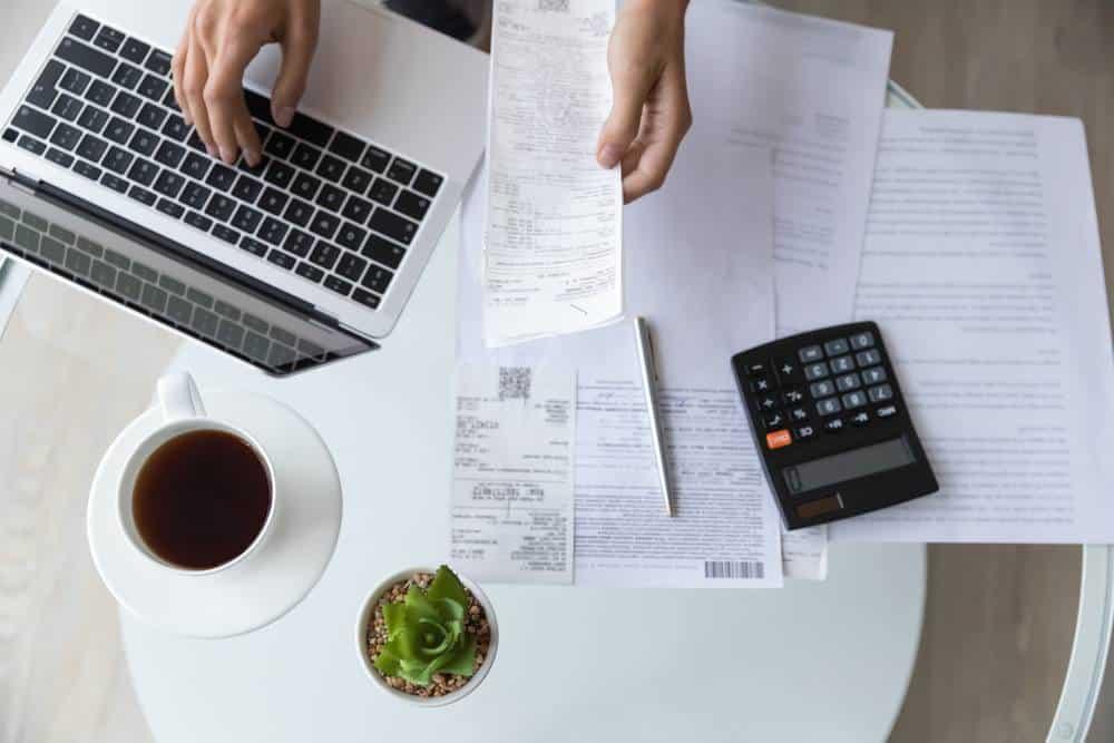 Déclarer des frais professionnels en portage salarial : TVA récupérable ?-1