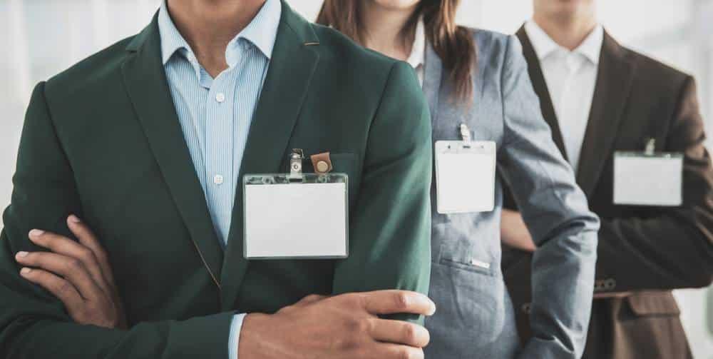 Le cumul d'un emploi en tant que fonctionnaire et le portage salarial-1
