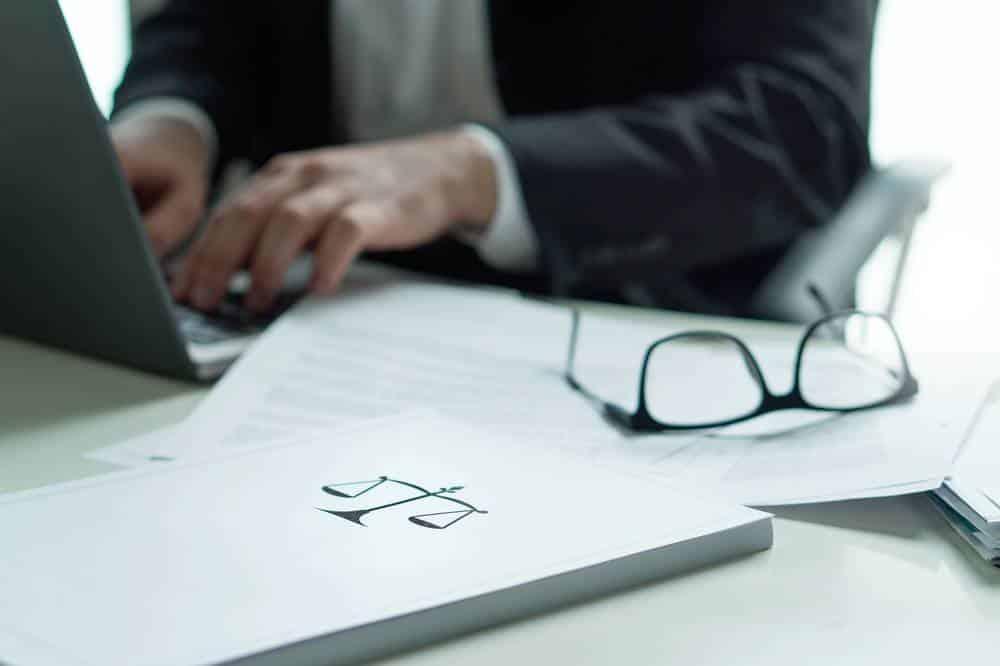 Rédaction d'article juridique et portage salarial-1